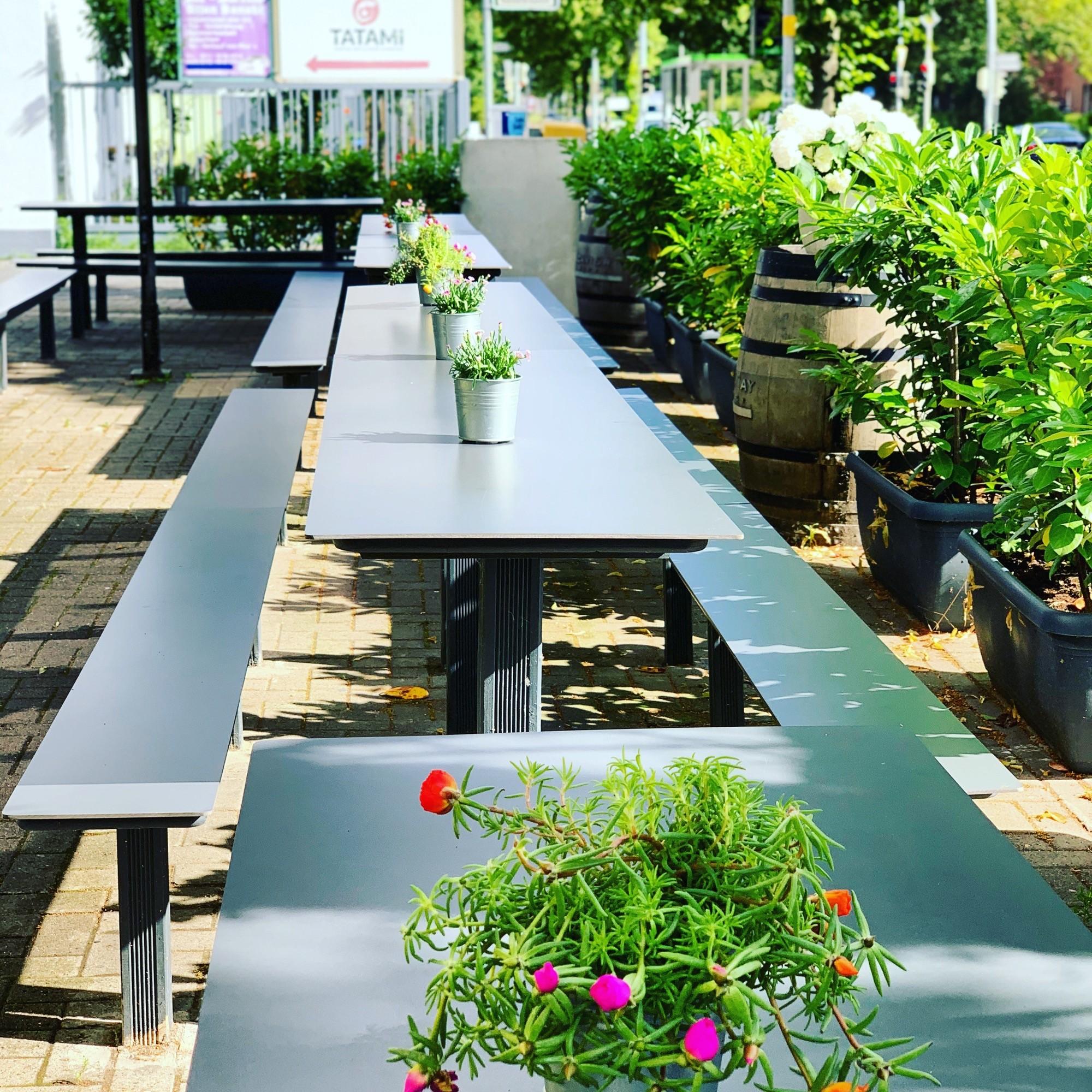 Restaurant Außenbereich mit Terrasse in Hannover List