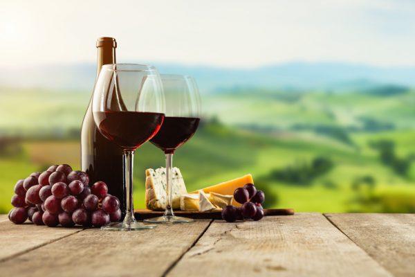 Importierter original italienischer Wein und andere weitere Feinkost in Hannover Vahrenwald